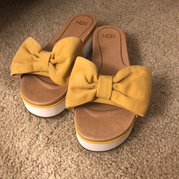 a7c1f57389c Ugg Sunflower Suede Yellow Slides Sandals NWT